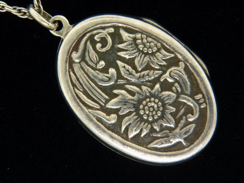 SIGNED BALLOU STERLING SILVER REPOUSSE SUNFLOWER LOCKET BAB NECKLACE VINTAGE