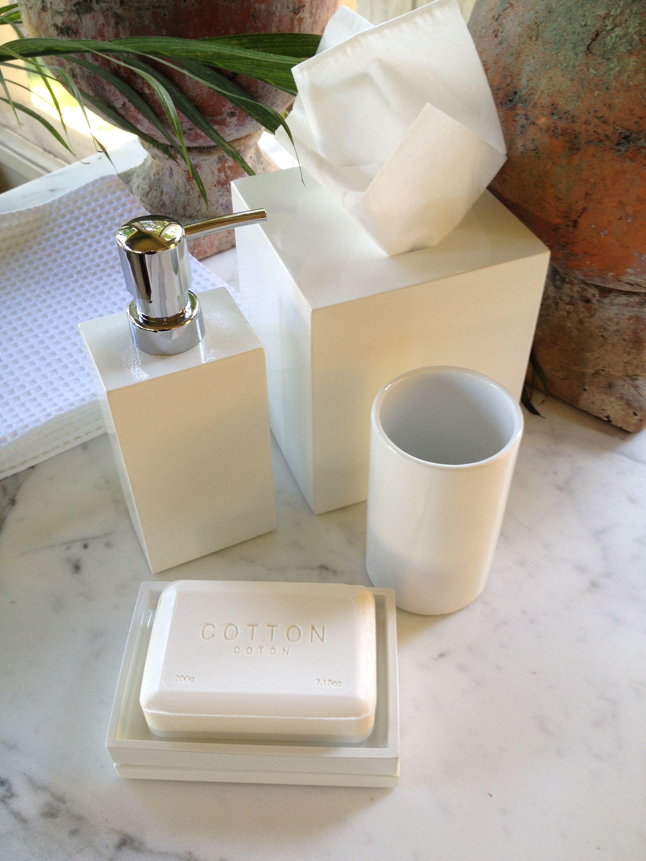 white lacquer bath accessories Acessórios de Banheiro Pinterest #66432A 3264x2448 Banheiro Bbb