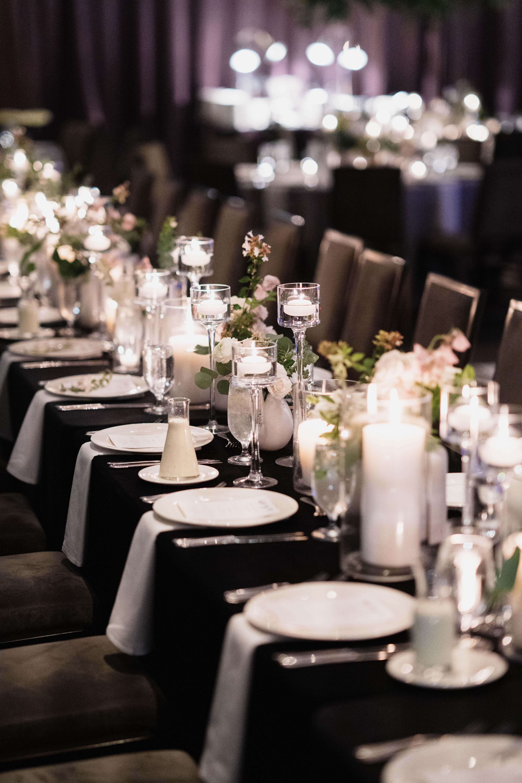 W Hotel Wedding Austin Texas Stems Floral Design Westcott Weddings Bonnie And Lauren Photography Hotel Wedding W Hotel Table Decorations