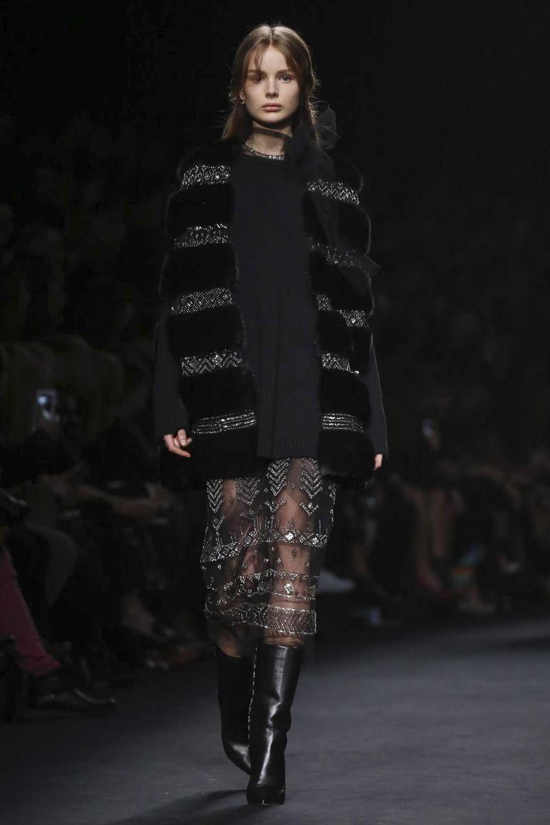 Valentino RTW Fall Winter 2015 Paris