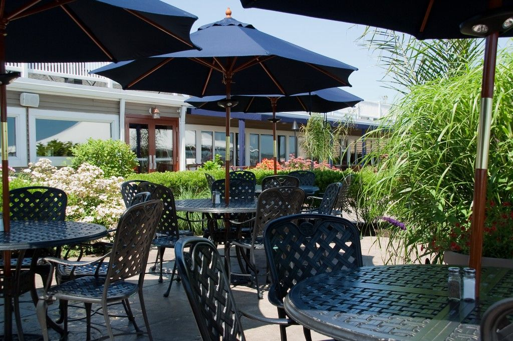 East Bay Grille - Plymouth, MA