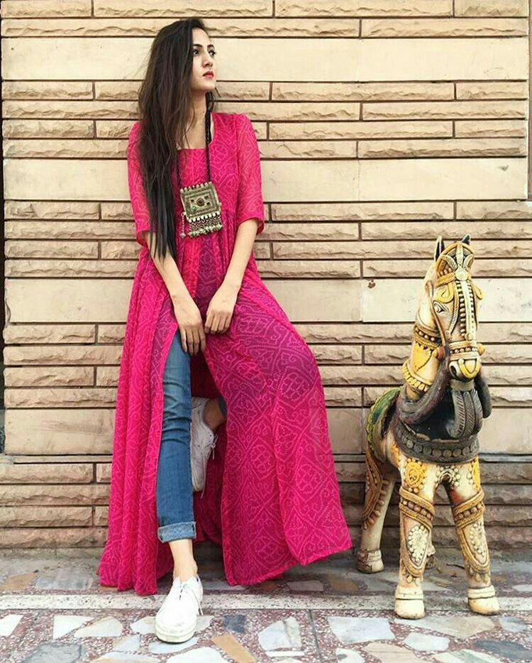 c410ffce6d4 Slit Indian style kurta @vaamikaa | Awesome | Kurti with jeans ...
