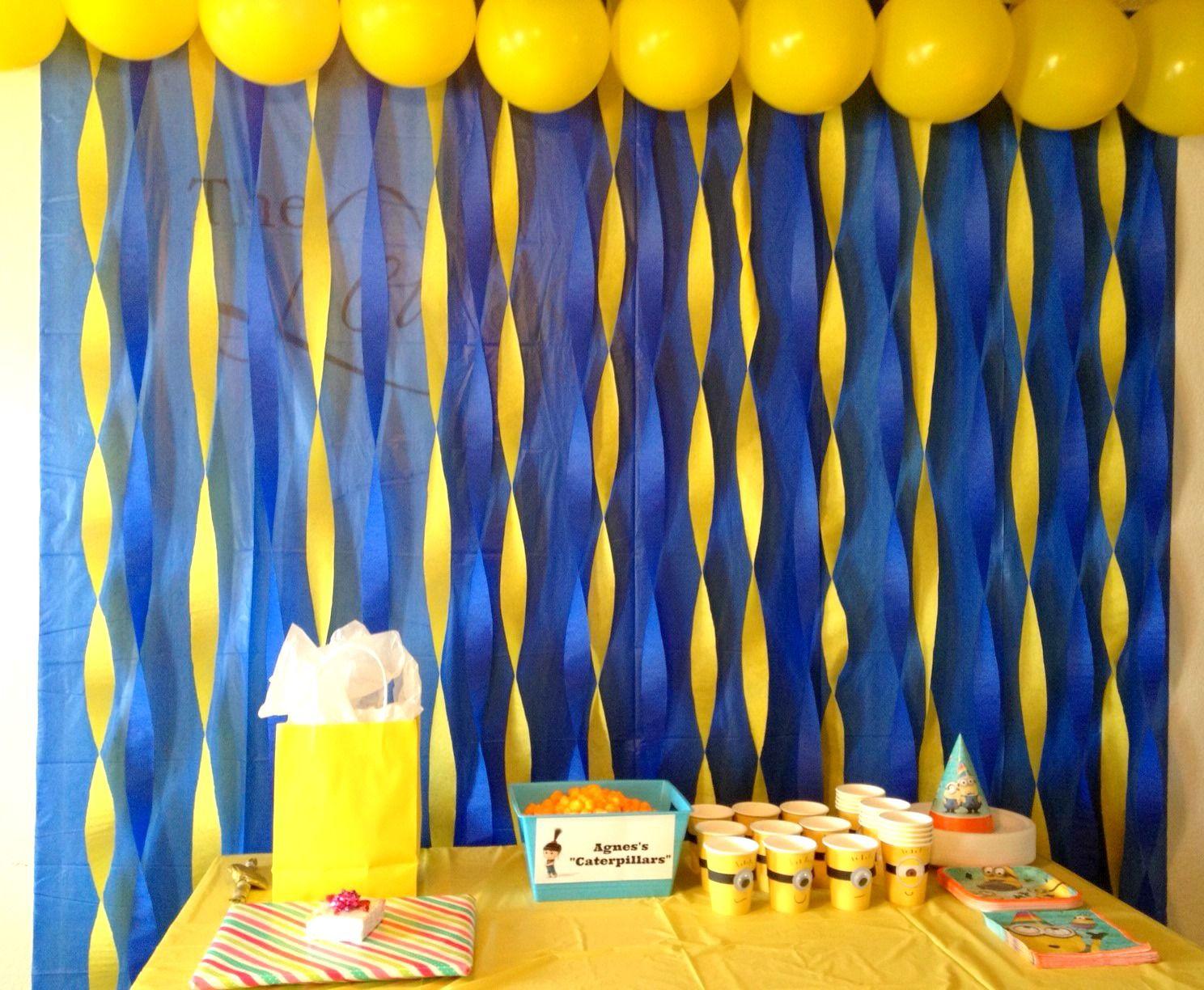 Minion Party Theme Buscar Con Google Minion Birthday Party Minion Party Minion Birthday