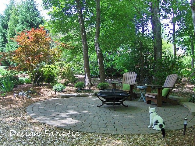 Cool idea for the shady spot under the sweet gum trees ...