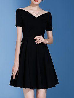 aca2b326a49d Black Solid Short Sleeve A-line Off Shoulder Midi Dress