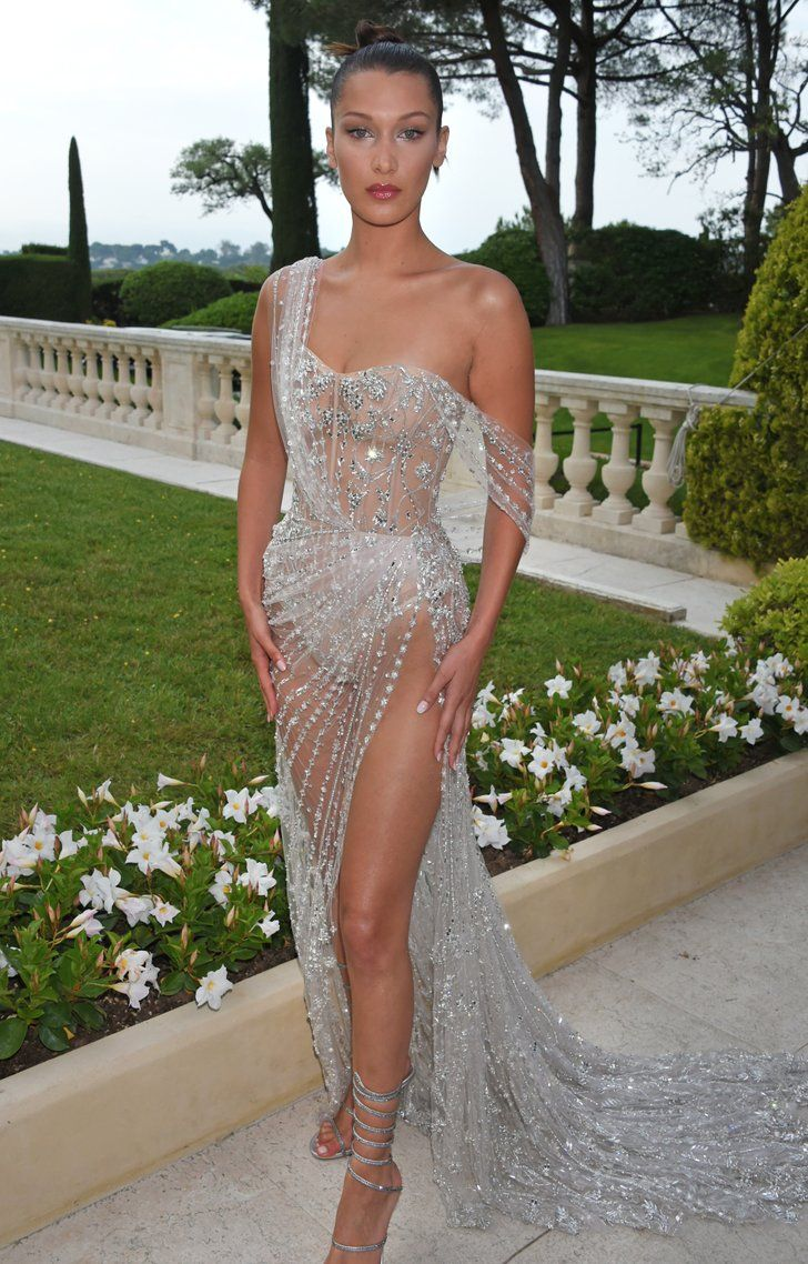 Bella Hadid Somehow Makes This Nearly Naked Dress Look -4280