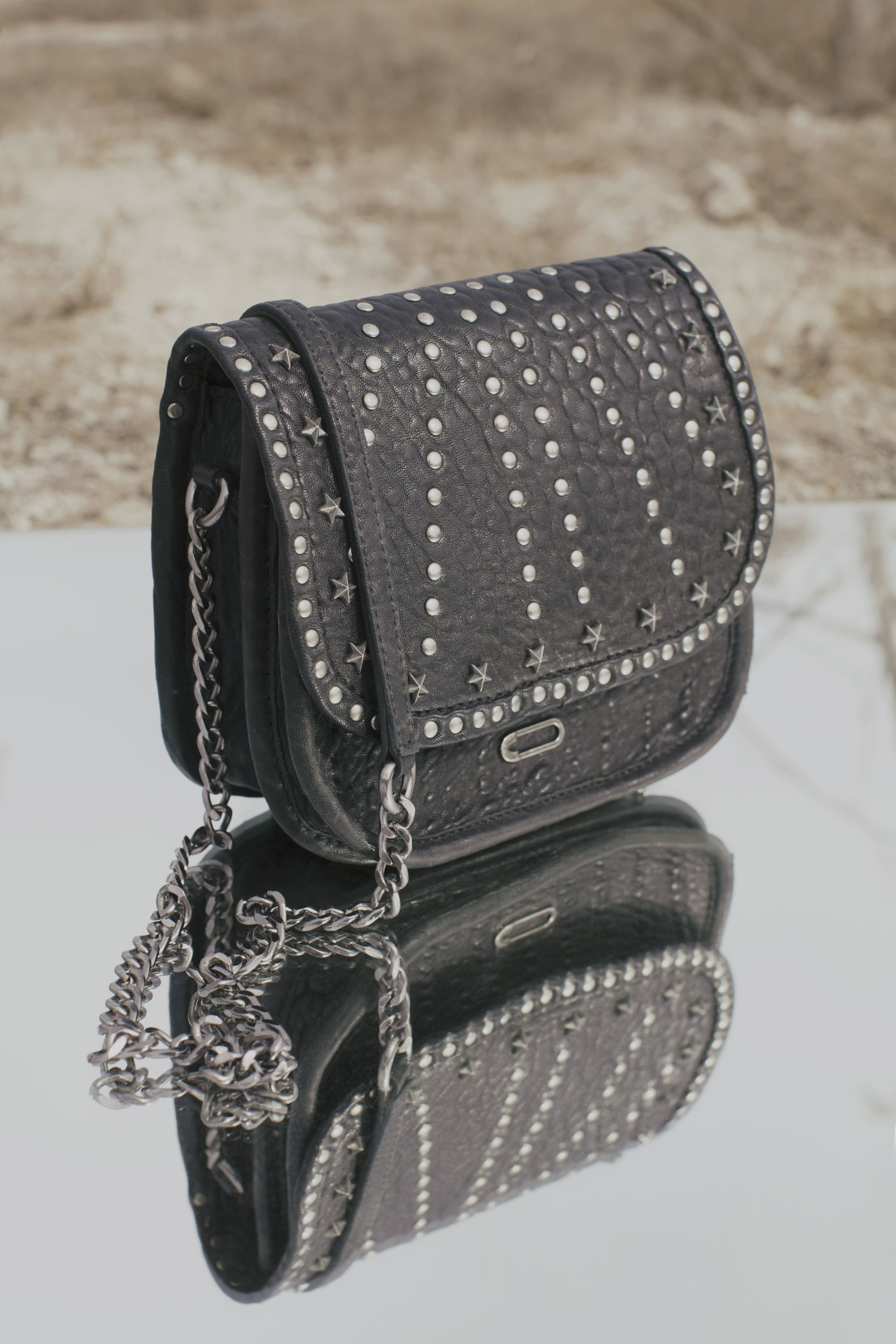 e3a6cd7678 WANTED & WILD | sac The CameraBoy Rock cuir noir IKKS Women Collection  printemps/été