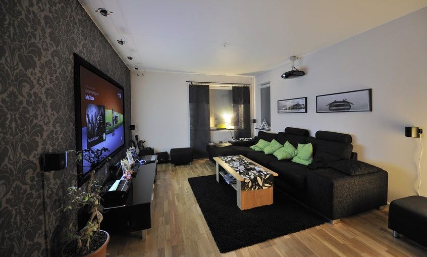 Black Wallpaper Behind Tv Living RoomsCozy