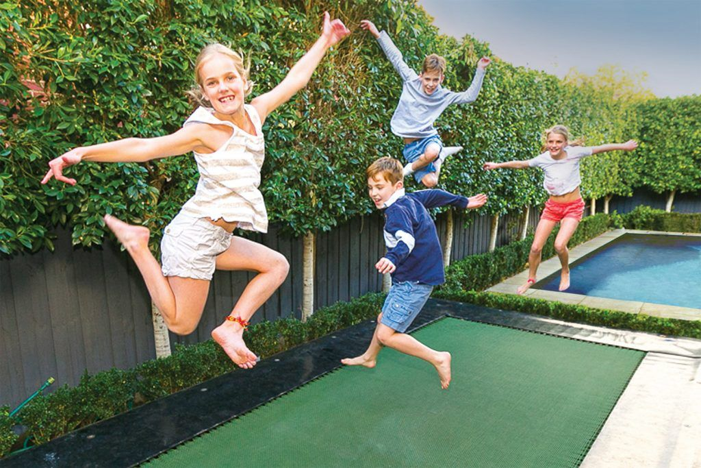 5 things to consider when choosing a trampoline for your