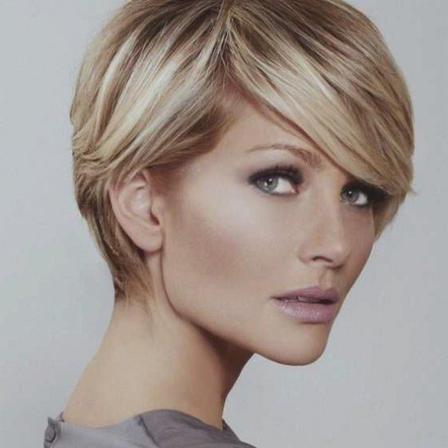 Frisuren Herbst 2018 Kurze Haare Neu Damen Frisuren 2018 Schone Kurzhaarfrisuren Fur Frauen D Short Hair Pictures Trendy Short Hair Styles Short Hair Styles