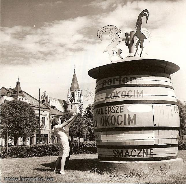 Unusual Advertisement Of Okocim Porter In Brzesko Poland 28 08 1965 Poland Leaning Tower Of Pisa Leaning Tower