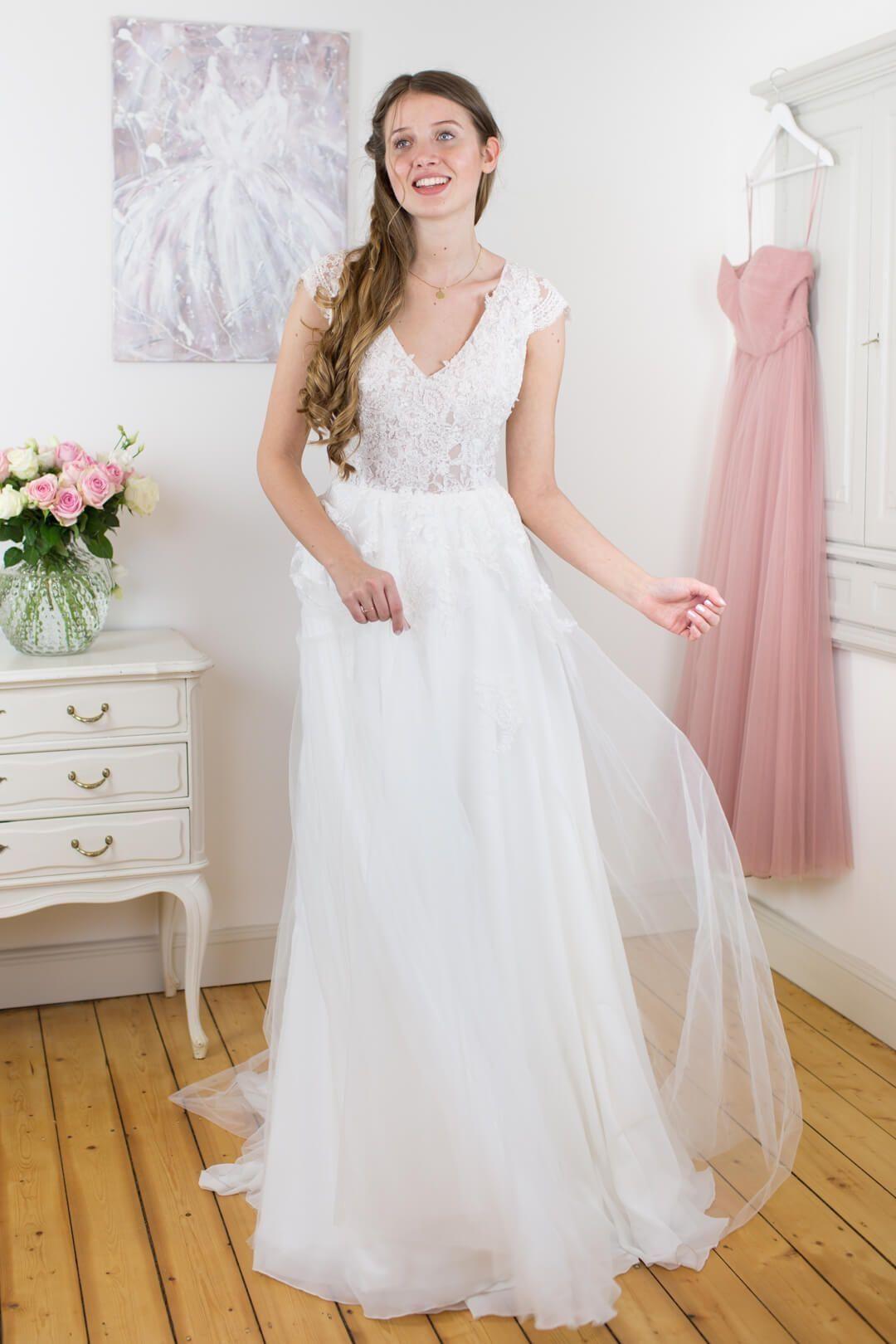Hochzeitskleider Schwedische Brautmoden  Sanna Lindström Vintage