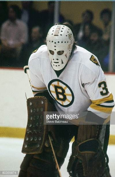s-ron-grahame-of-the-boston-bruins-tends-goal-in-game-at-boston-picture-id80355874 (399×612)