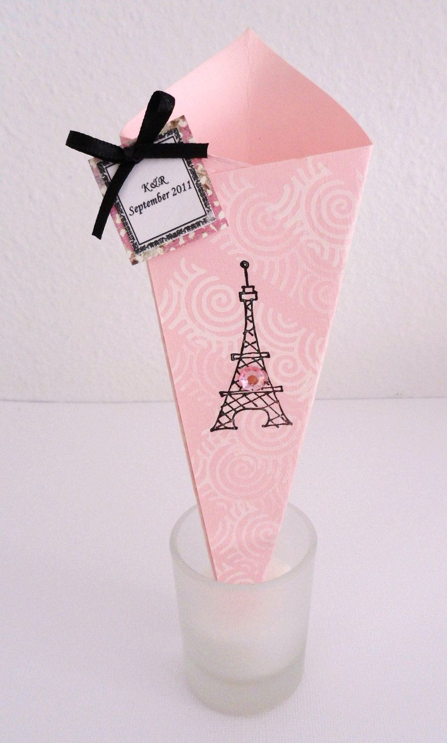 Wedding Favor, Paper Cone Favor, Candy Cone, Confetti Cone Set of 20 ...