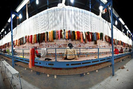 Top 3 Largest Persian Rugs In The World Can You Guess How Big Large Persian Rug Rugs Persian Rug
