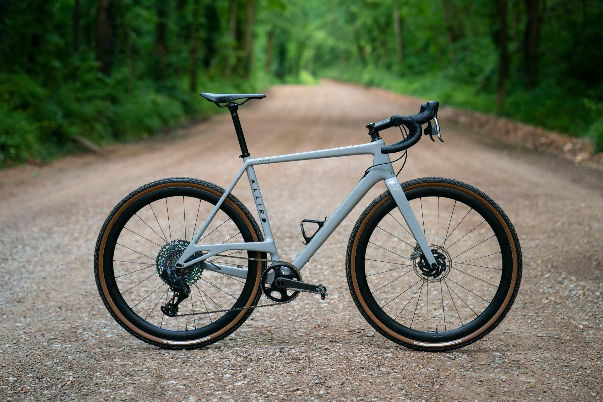 Allied Able Is Ready For All The Gnar Gravel Bike Bike Giant Defy