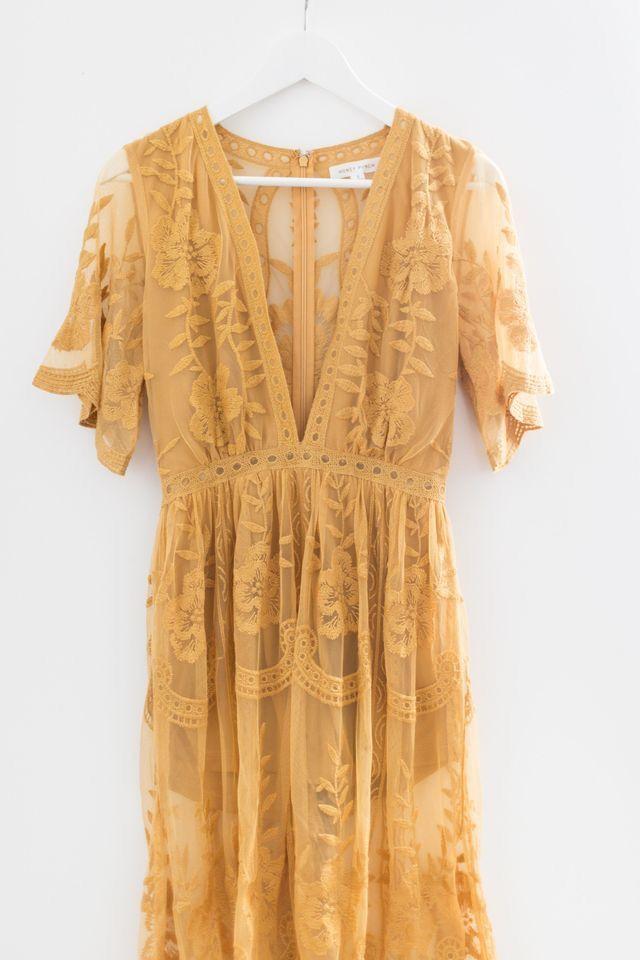 b69cf0ff8a7 Statement Dress