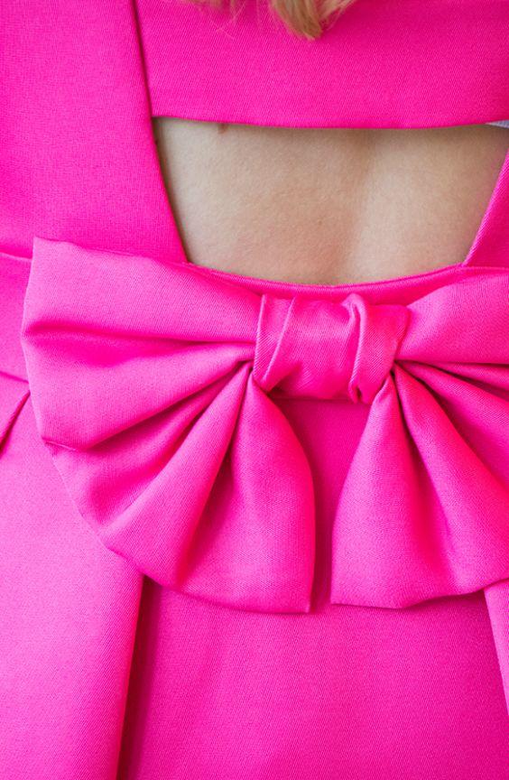 I believe in #Pink! Dieses #Fashionstatement verdanken wir der #Stilikone #Audrey Hepburn und überzeugt auch uns!