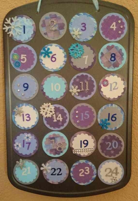 Printable  Christmas Frozen Snowflake Circle Hanging Advent