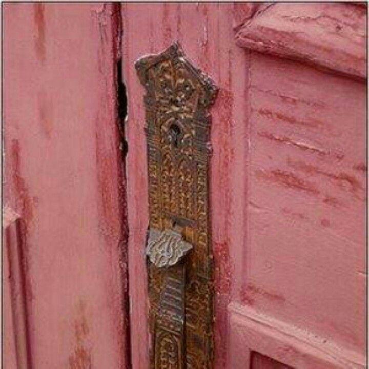 P I N K door with press door knob. | Knobs Knockers Keys & Latches ...