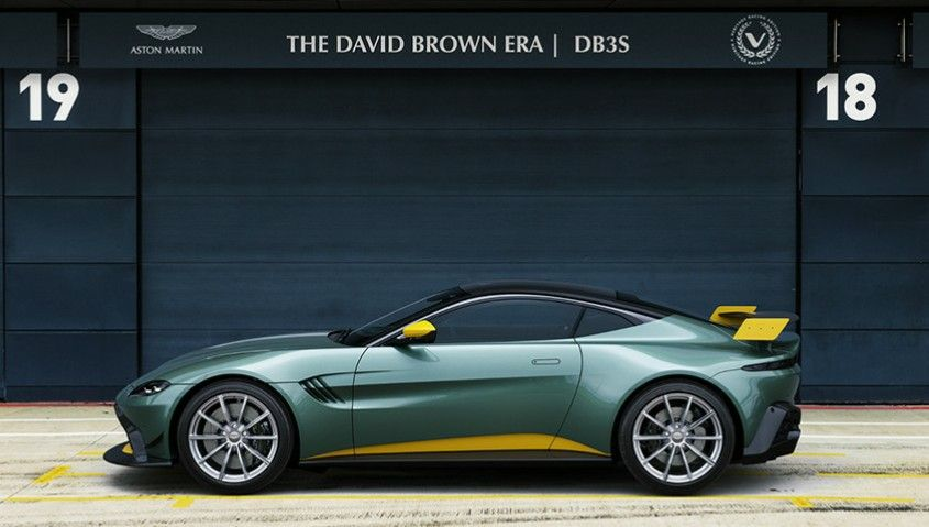 Aston Martin Vantage Heritage Racing Edition The David Brown Era Db3s Q By Aston Martin 2019 Up To 10 Exemples Built