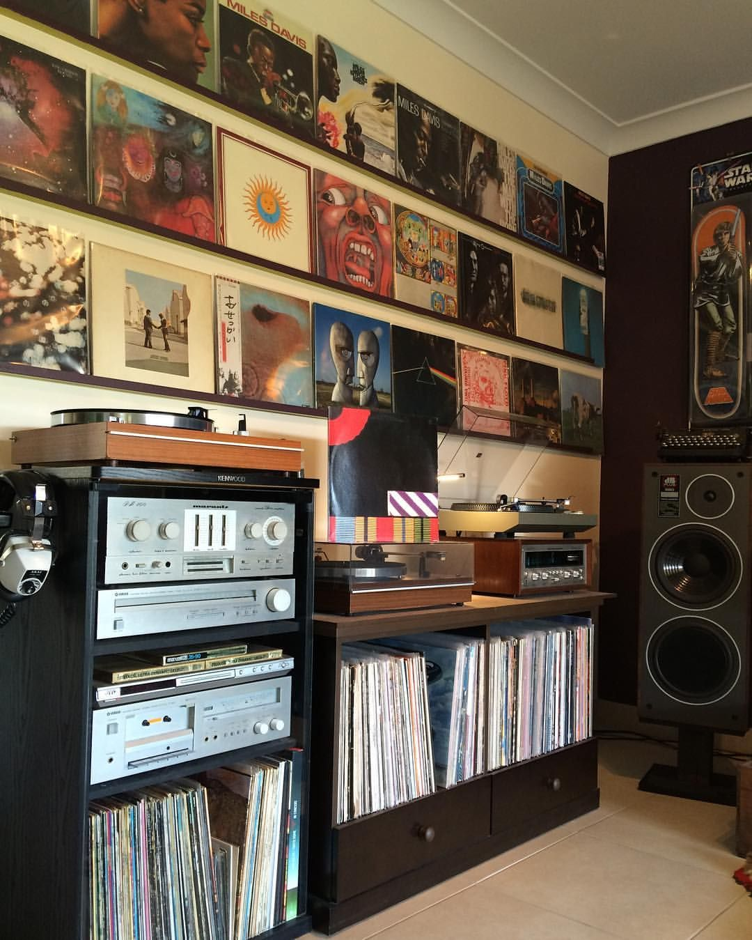 Pin By Murat Can On Record Amp Audio Junkie Vinyl Room
