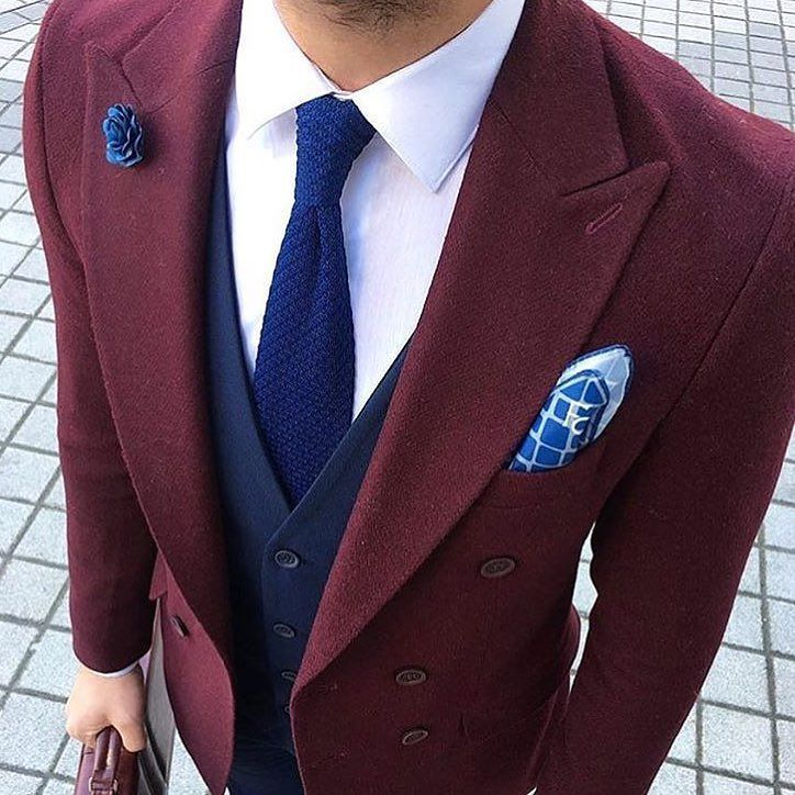 Do you like this colour?? Tell us below what you think about this combo. _________________________________ @theclassyclub #mensfashion #Bespoke #Mens #fashiontrends #lifestyle #manly #fashionblog #Dapper #men #FashionAddict #Classy #fashiongram #dappersuit #suitandtie #guys #ootdmen #menwithclass #Guyswithstyle #menwithstyle #suited #Class #meninsuits #london #wcw #styleadvice #alexandercaineuk #rayyounis #italiandesign