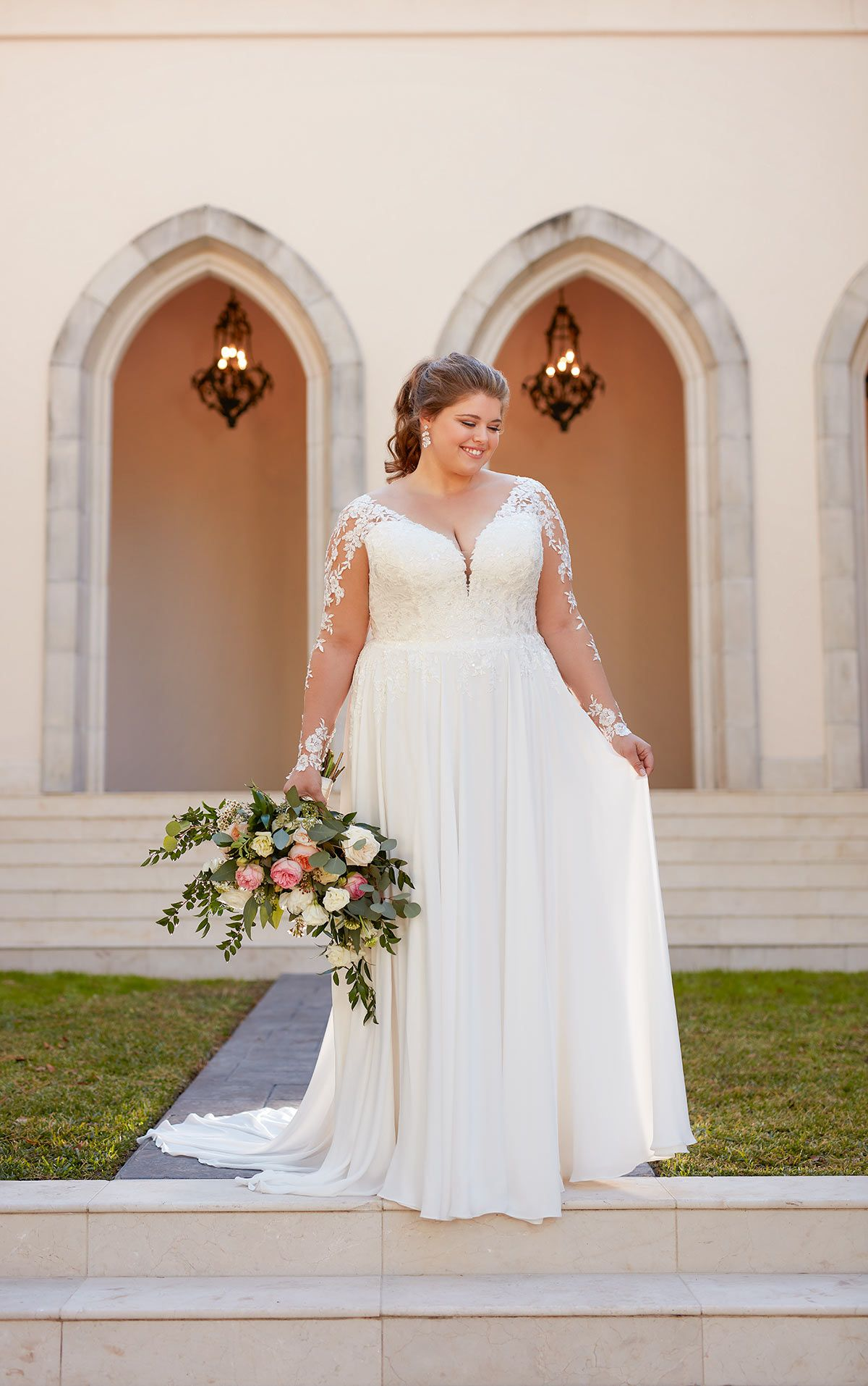 Long Sleeved Casual Plus Size Wedding Dress Stella York Wedding Dresses Wedding Dresses Plus Size Wedding Gowns Vintage Casual Wedding Dress [ 1914 x 1200 Pixel ]