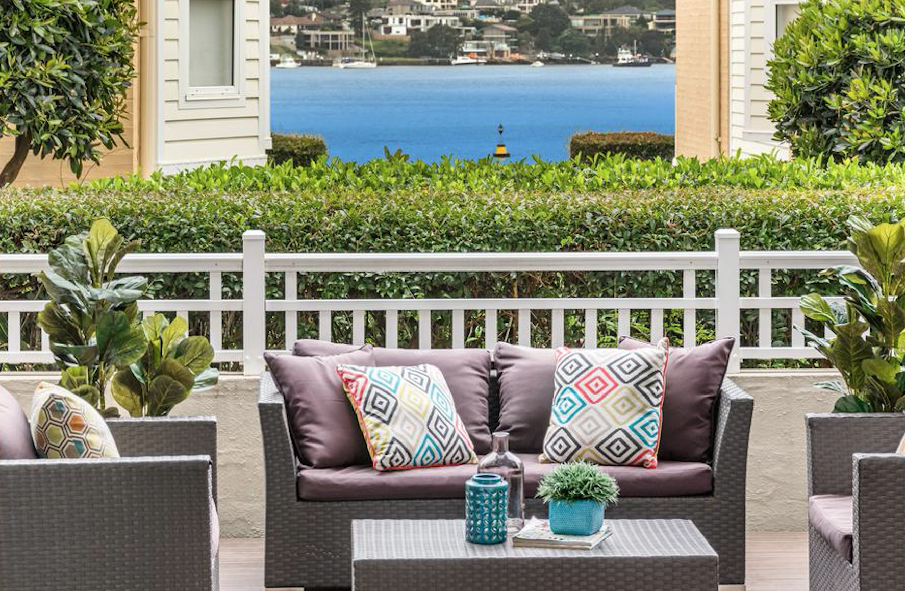 Luxury Living. JPA Auction Group | Outdoor furniture sets ... on Fine Living Patio Set id=34579
