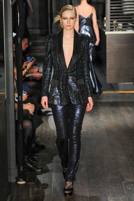 Blue Metallic Tuxedo - Douglas Hannant | Fall 2014 Ready-to-Wear Collection | Style.com