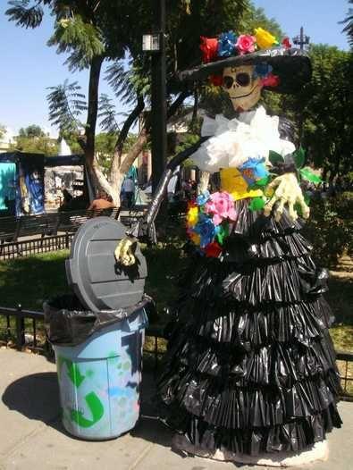 0e0ddc485a9a4 vestido de bolsas para basura