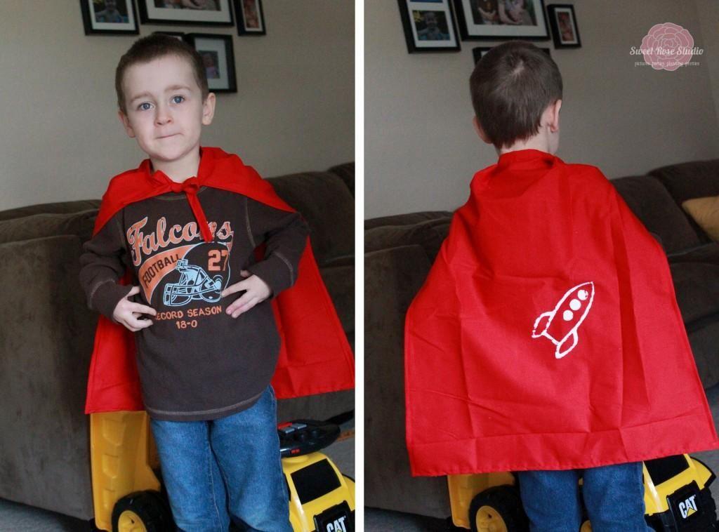 DIY Tutorial: DIY Superhero Costume / DIY Screen Print Superhero Cape - Bead&Cord
