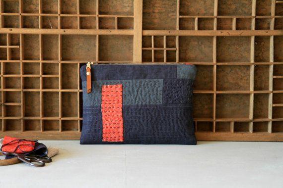 Washed linen pouch, Hand embroidered sashiko pouch, Gray linen bag, Boho pouch, Linen makeup bag, Patchwork zipper purse, Linen coin pouch