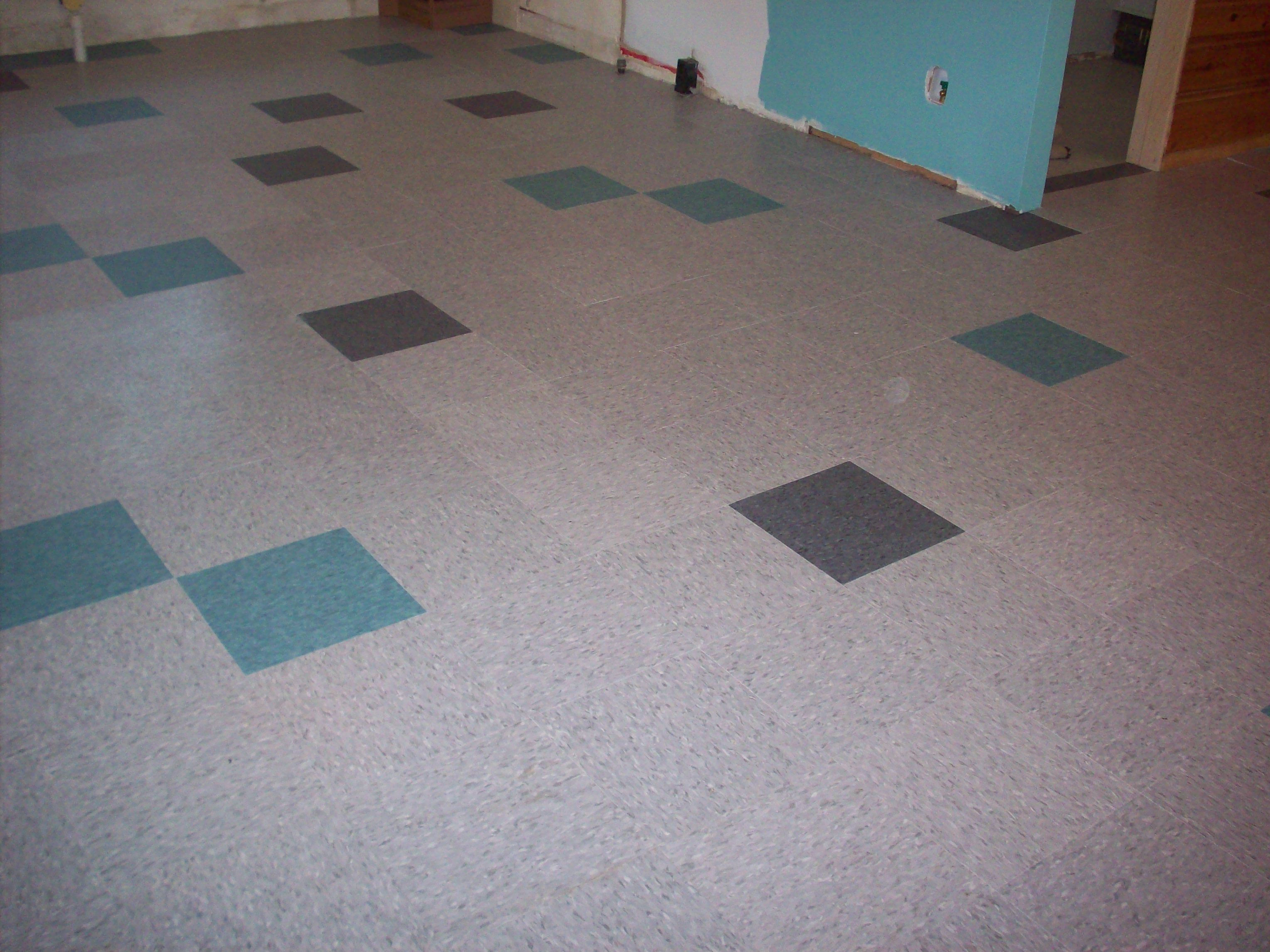 Random Color To Match Accent Vct Tile Tile Installation Flooring