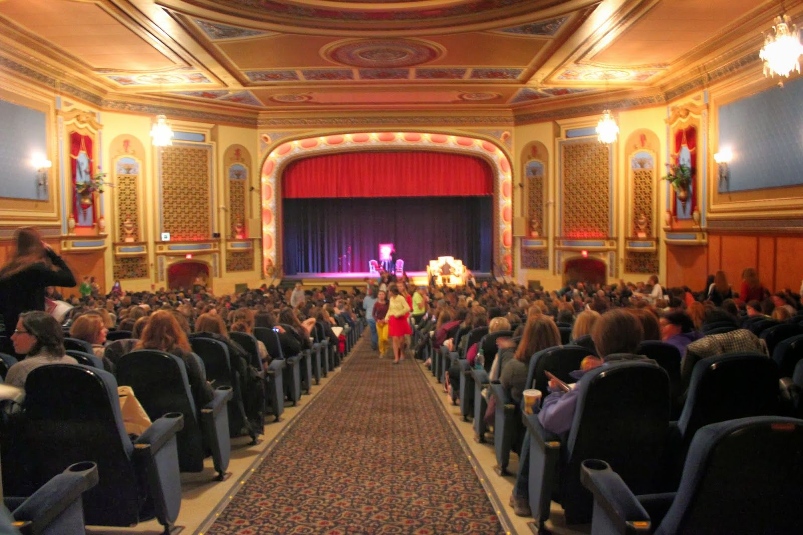 Tivoli Theater In Downers Grove Downers Grove Il Historical Photos Google Search Home Town