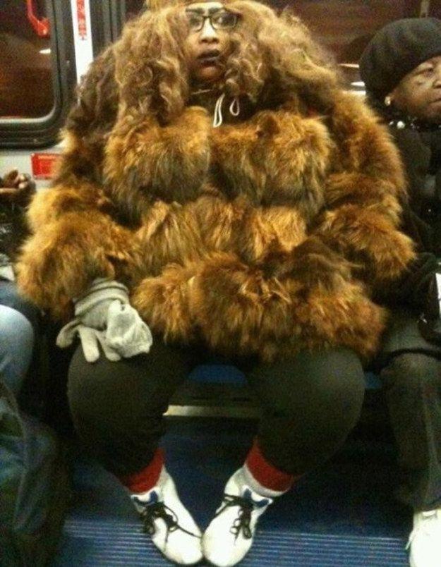 18 Fotos que te quitarán las ganas de viajar en transporte público por el resto de tu vida ¡WTF! ~ Nueva Mentes