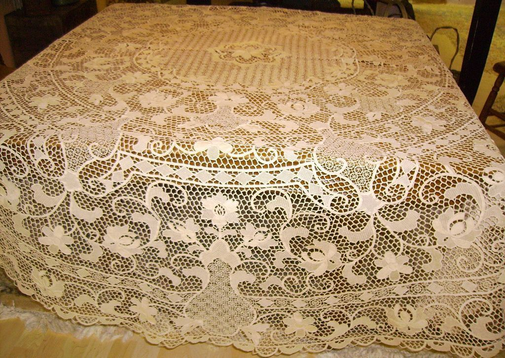 Round Italian Reticella Needle Lace Tablecloth 90 Inches Needle