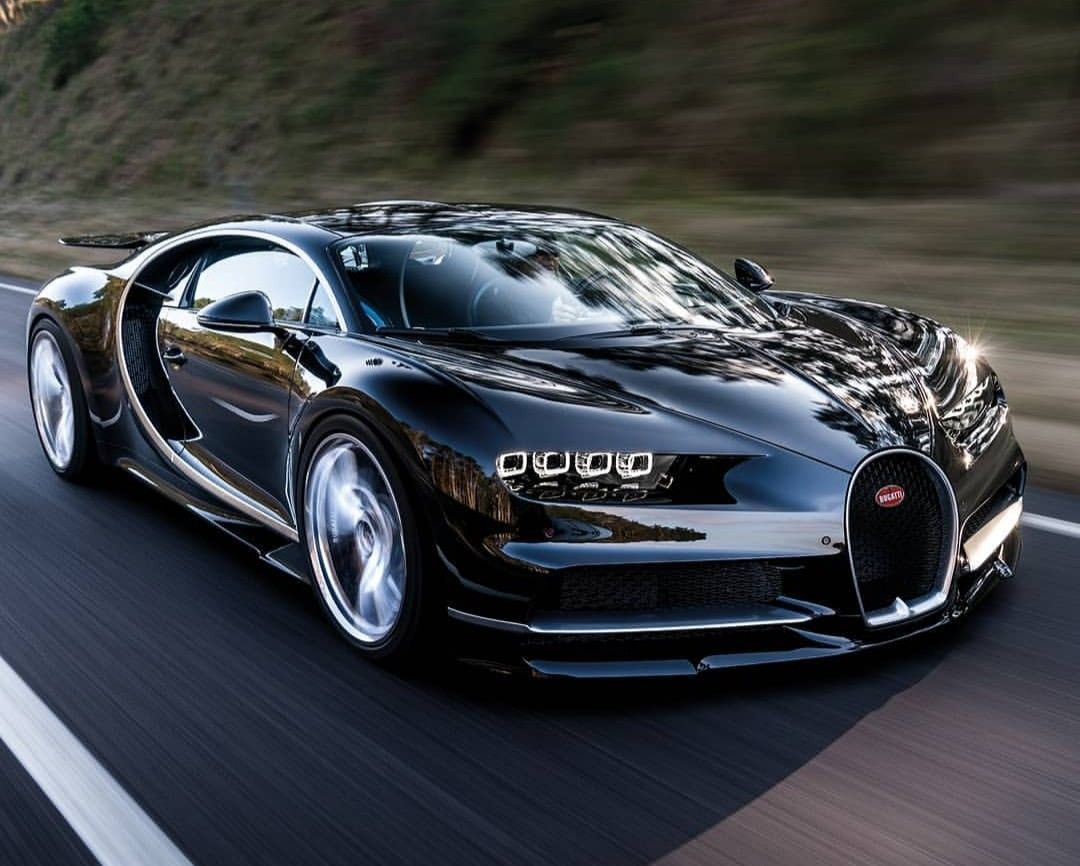 Pin By Rodd Evans On Cars And Bikes Bugatti Chiron Black