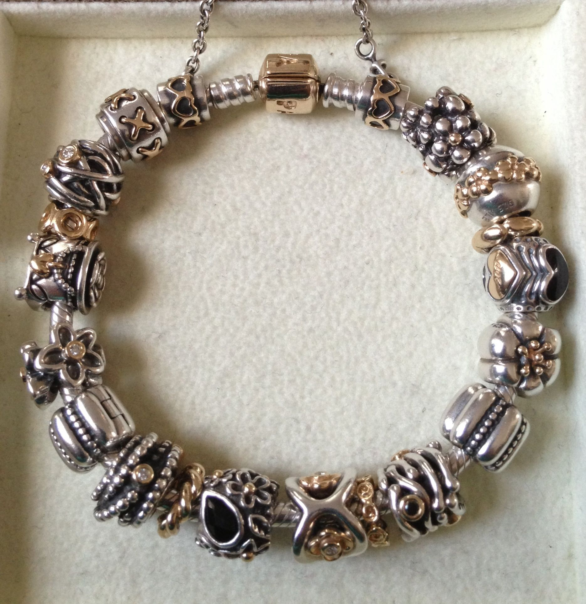 Love all the retired two-tones. | Pandora beads bracelet ...