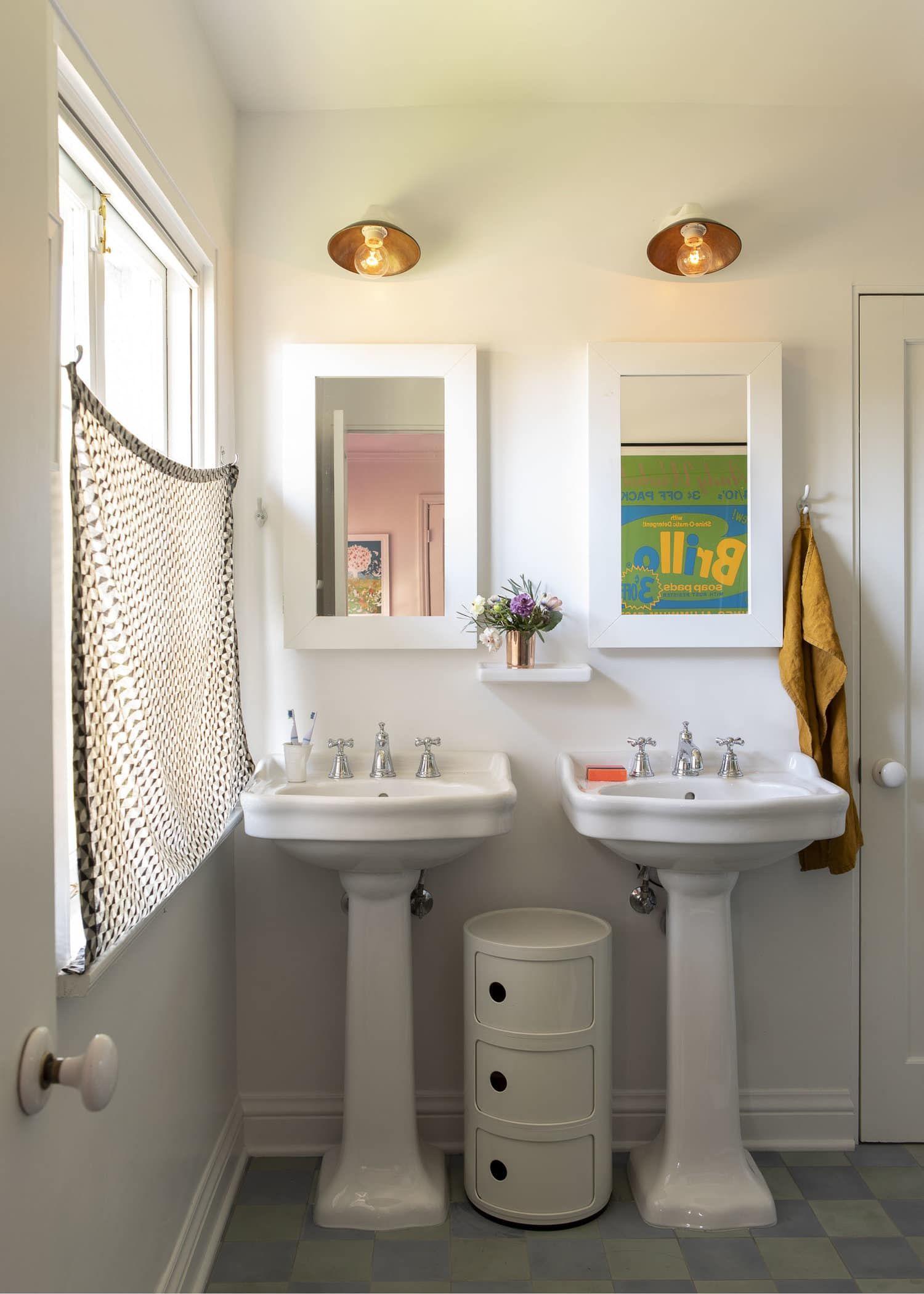 The 9 Best 2020 Bathroom Trends We Wish We Had Right Now Emily Henderson In 2020 Bathroom Trends Amazing Bathrooms Pretty Bathrooms