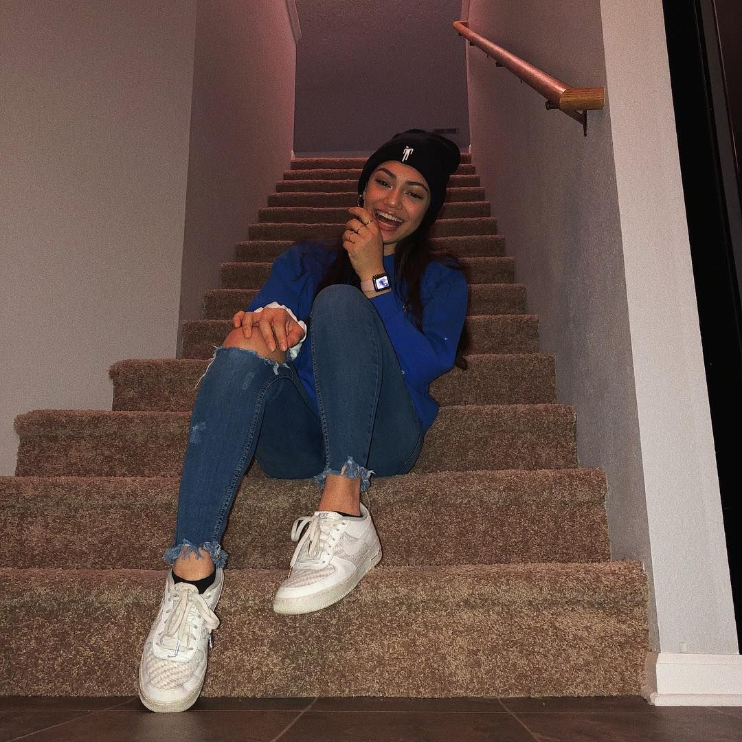 Avani Gregg On Instagram Straight Cheeezzzziiinnn Monochrome Colorblock Fashion Inspo Outfits Aesthetic Clothes Cute Outfits