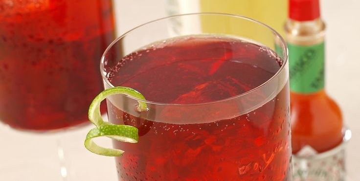 A light, sparkling white wine cocktail, perfect for winter holiday parties or summer luncheons. Ginger ale and Original Red give it the snap!
