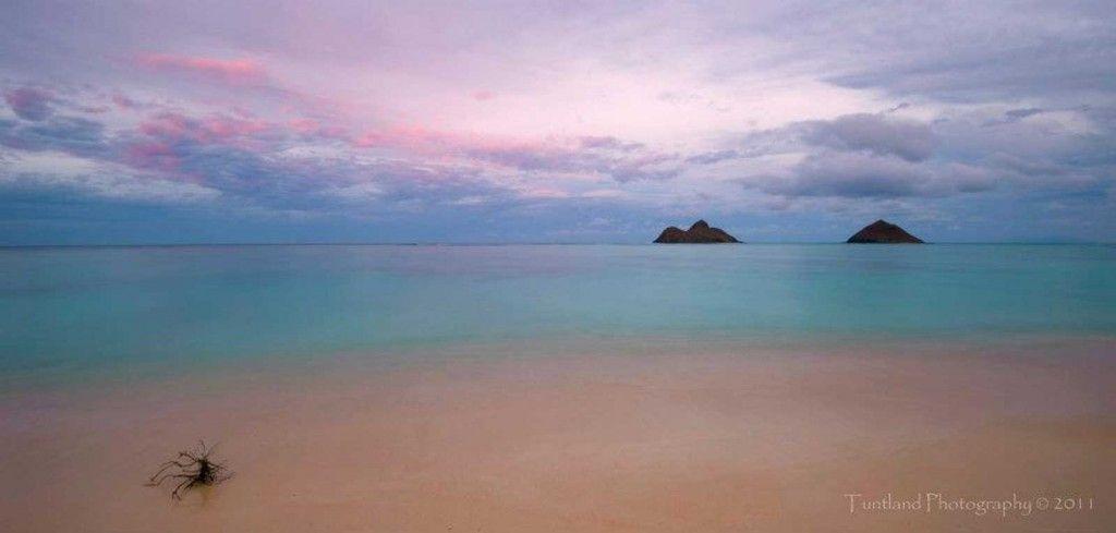 Na Mokulua Hawai: Na Mokulua: Just Off Oahu's Windward Coast Near Kailua You