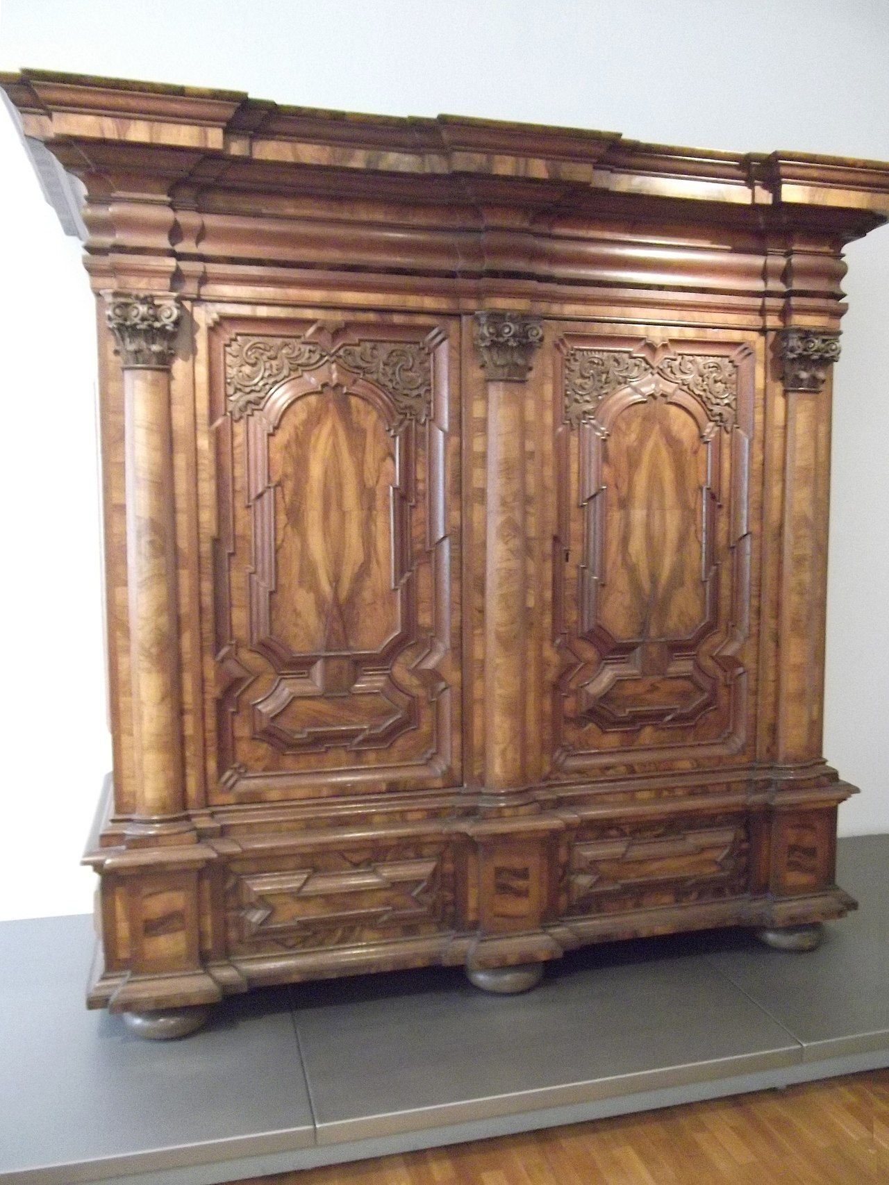 Category Baroque Furniture Wikimedia Commons Deko Barock Schrank