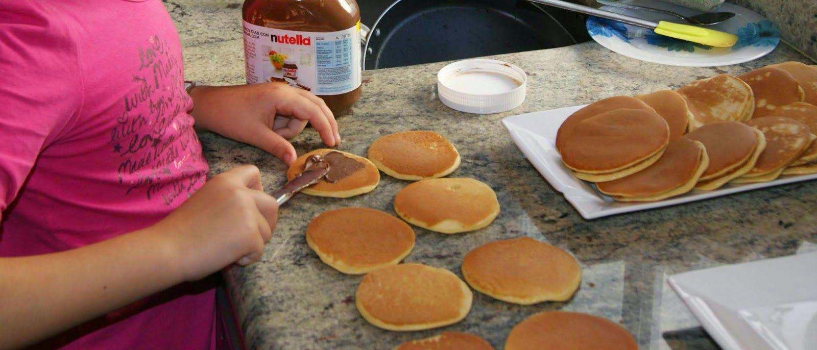 Dorayakis. estos dorayakis los hemos rellenado de nutella. Tortitas muy famosas de Doraemon