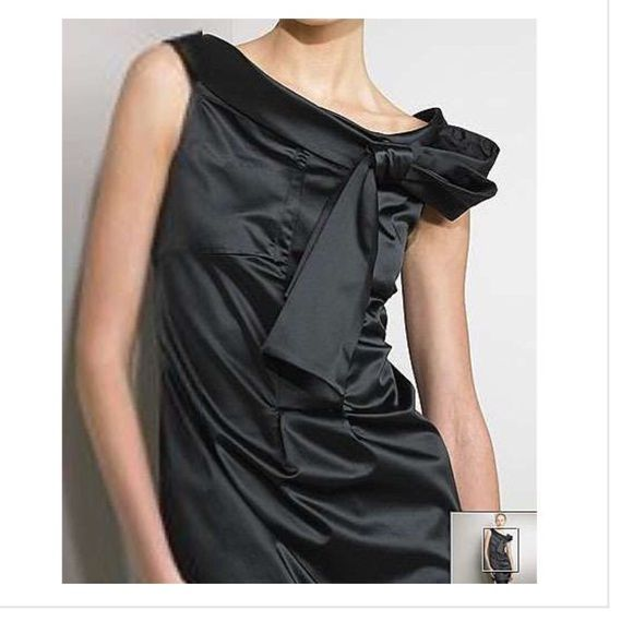 "DVF satin cocktail dress ✨DvF pia off the shoulder dress✨ *Size 8 *cotton/poly/spandex/silk *Excellent.                                                                                                                               *Measurements laid flat: bust 18.5""/ length 32""                                                                    *15% off bundles! Diane von Furstenberg Dresses Mini"