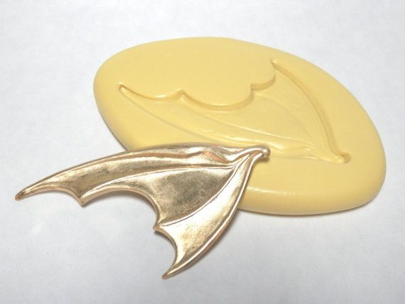 Bat Or Dragon Wing Left Facing Flexible Silicone Mold Push Jewelry Polymer Clay Resin Pmc On Etsy 4 98