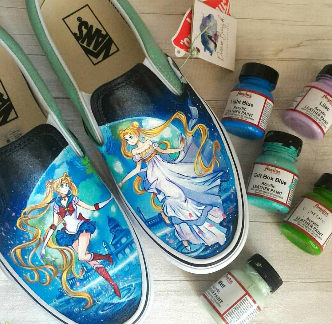 Only the best colors in the market! #angeluspaints #customizeyourlife #instashoes #shoesofinstagram #sneakersofinstagram #sneakerstyle #handpaintedvans #vansstyle #vansart #sailormoon #animeshoes #angelusdirect