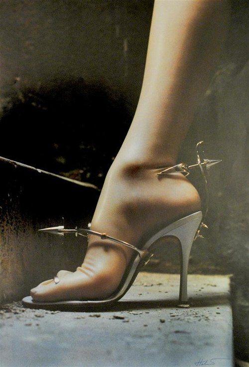 "hoodoothatvoodoo:    Helmut Newton ""Shoe by Tristan Webber"".  1999"
