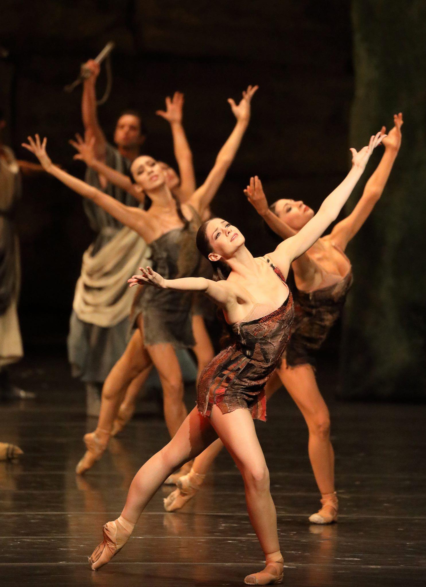 Bayerisches Staatsballett's Laurretta Summerscales as Phrygia from 'Spartacus'